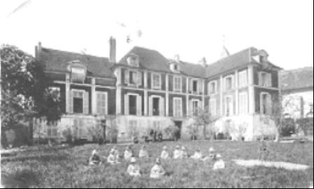 M_Elsabeth_de_Luppe_chateau_Rouge.png